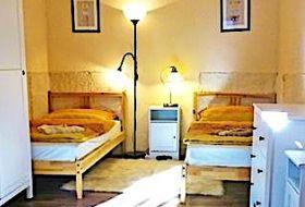 Népi jellegű kőház a Balaton-felvidéken kellemes pihenési lehetőség télen-nyáron