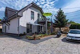 Balatonboglár központjában új építésű apartmanok a Balatontól 500m-re