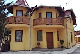 10 férőhelyes apartman jakuzzival Zsóry fürdő mellett