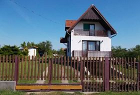 Pihenjen, horgásszon a Tisza-tónál az András vendégházban