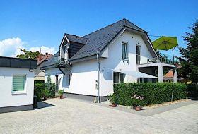 Apartmanok Balatonboglár központjában a Balaton 500m pár perc sétára