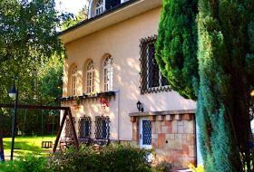 Villa Székely Leányfalu