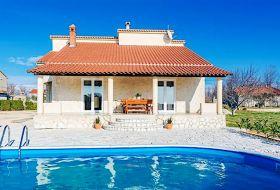 Oasis Village Villa Privlaka, Horvátország