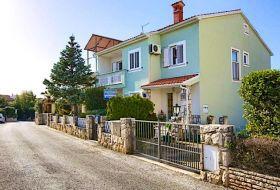 Horvátországban kiváló apartmanok Pula közelében a tengertől 200m-re