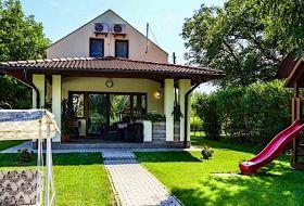 Kiadó vízparti nyaraló a Holt Körös partján Békésszentandráson